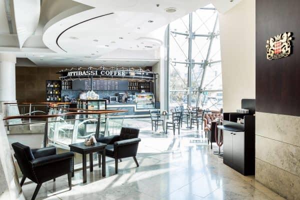 Veduta dell'interno di un Caffè Attibasssi