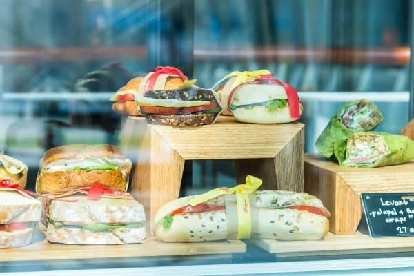 Panini e Snack in vendita nelle Caffetterie in Franchising Attibassi , oltre al Caffè Espresso
