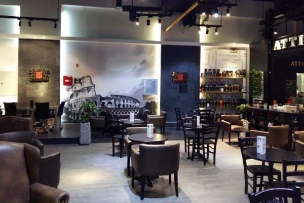 Caffetteria in Licensing Attibassi e foto del Colosseo - Locale di Dubai DIFC
