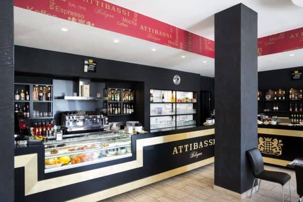 Interno Caffetteria in Franchising Attibassi - Veduta Bancone